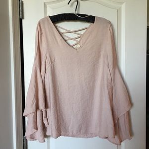 ENTRO love street bell sleeve top size small